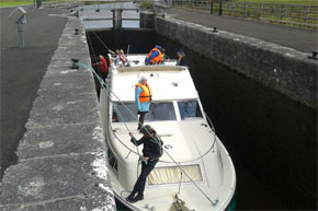 Taking a Shannon Star through a lock