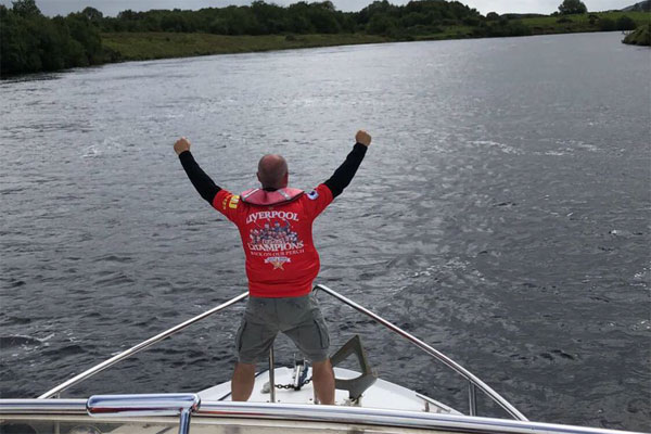 Shannon Boat Hire Gallery - King of the World (or at least the premier league)