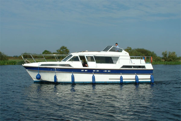 Shannon River Boats for Hire in Ireland - Clare Class