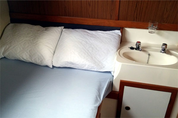 Aft Cabin on the Noble Chancellor Hire Boat