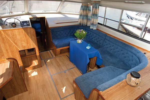 The Saloon on the Classique Hire Boat