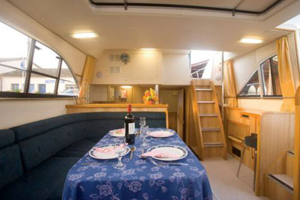 Saloon on the Clipper Hire Cruiser