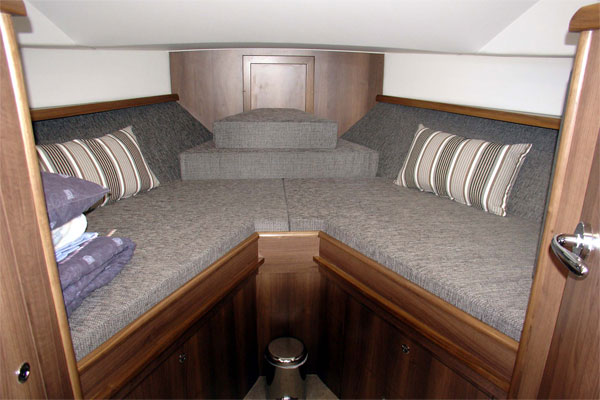 Forward cabin on the Noble Duchess hire cruiser