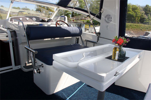 Flybridge on the Noble Duchess hire cruiser