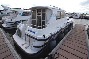 The rear deck on the Wave Duke Cruiser - Shannon River Boat hire Ireland.