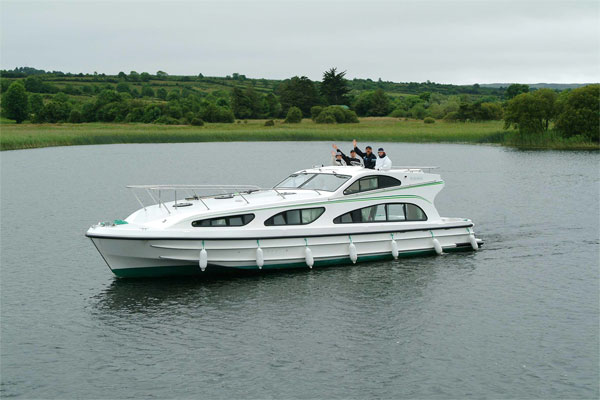 Shannon River Boats for Hire in Ireland - Elegance