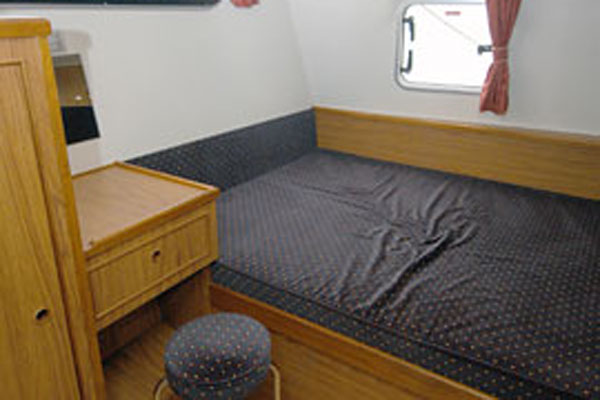 Cabin on the Inver Countess Hire Cruiser