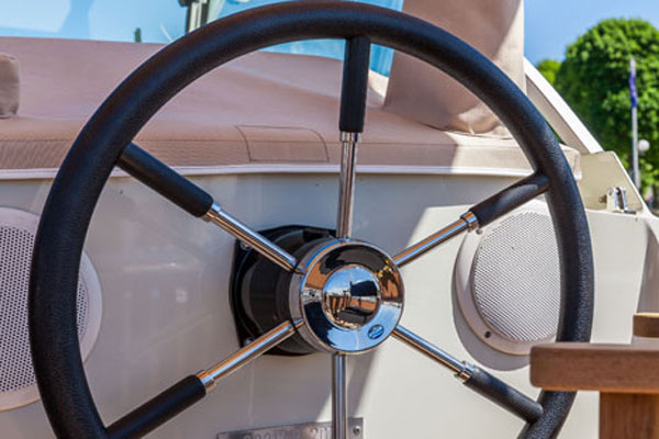 The Steering Wheel on the Linssen Grand Sturdy Hire Boat.