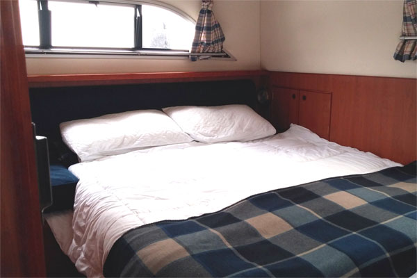 A Cabin on the Noble Chief.