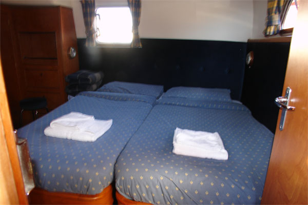 Sleeping cabin on the Noble Duke Hire Cruiser