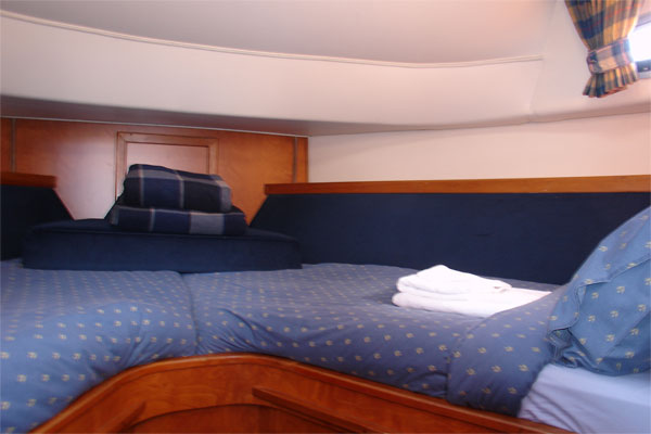 Forward Sleeping Cabin on the Noble Duke hire boat.