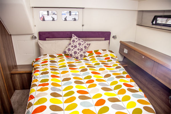Rear Cabin on the Silver Shadow Hire Boat