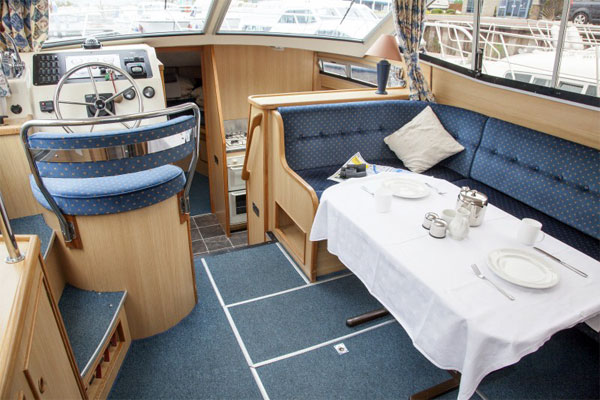 Saloon on the Silver Swan Hire Boat