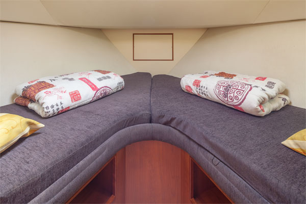 Front Cabin on the Tipperary Class Hire Boat