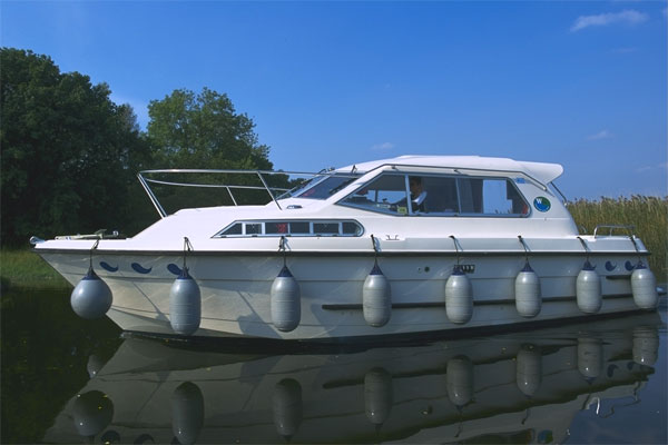 Shannon River Boats for Hire in Ireland - Wave Princess
