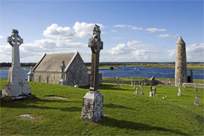 An Early Christian site founded by St. Ciarán in the mid-6th century on the eastern bank of the River Shannon.