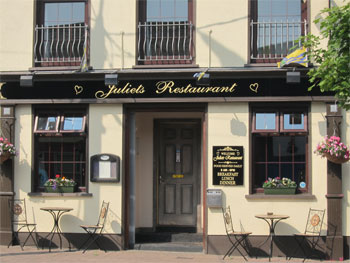 Just 150 yards from river Shannon. Serving breakfast, lunch and dinner. Open 9am-9pm.
