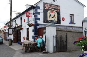 Enjoying a pint at Shannonbridge on the River Shannon