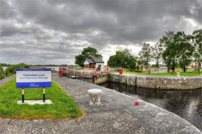 Tarmonbarry Lock