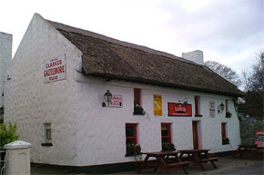 Larkins Pub & Restaurant at Garrykennedy